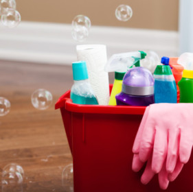 10-Inexpensive-Substitutes-for-Cleaning-Products